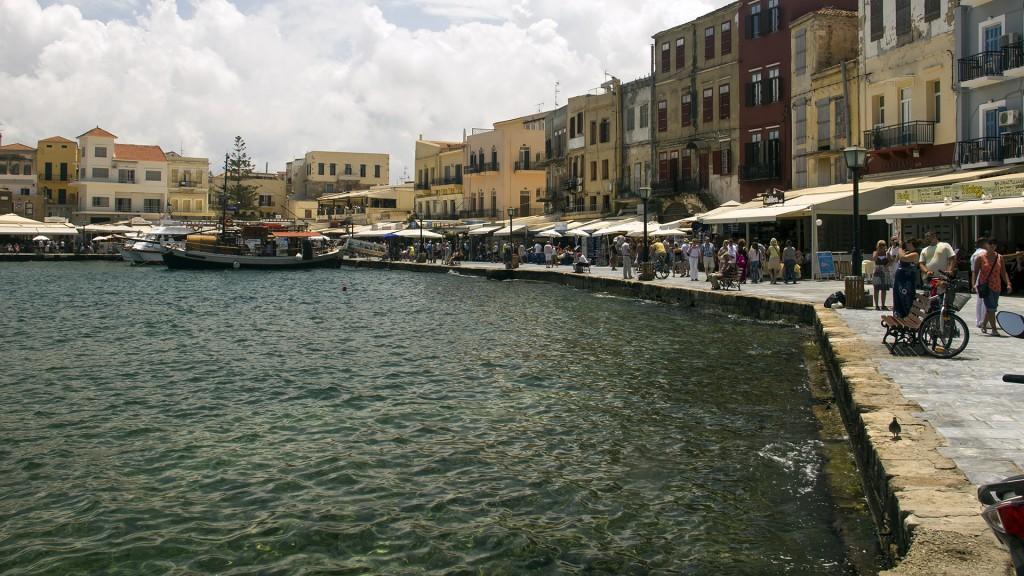 chania_havnepromenaden